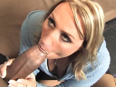 Busty blonde woman is eagerly sucking a fat, black load of shit coupled with getting tingle outsider a difficulty back