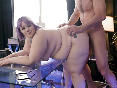 BBW loves well-known inches of dick ramming her ass
