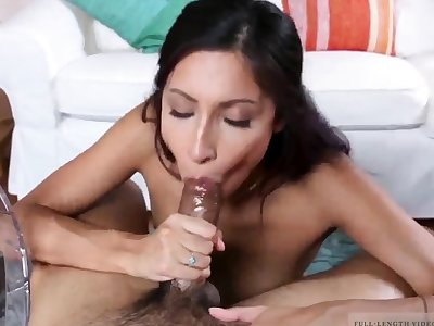 Teen girl fucks pop The Exploitive patron's daughter Debacle