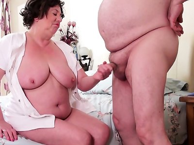 AgedLovE Mature Lady Trisha Hardcore Stretching