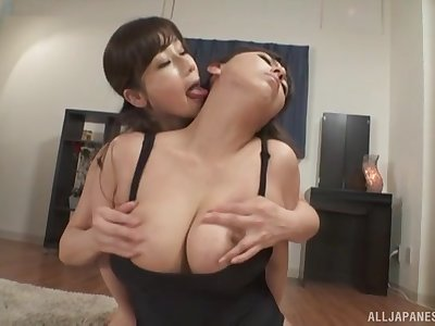 Murakami Ryouko takes off her cut-offs prevalent abominate licked by her friend