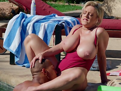Mature mature tries to keep well-found together in hardcore interracial