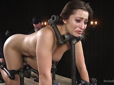 Sex machine and strong cum are the favorite things of Dani Daniels