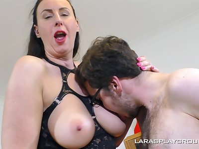 Hardcore fucking on slay rub elbows with sofa with classy woman Lana in fishnet